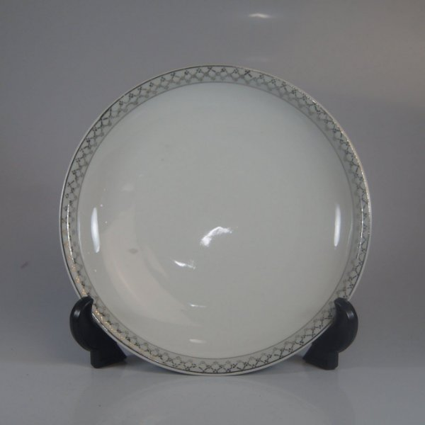 Prato em Porcelana Real Decorado