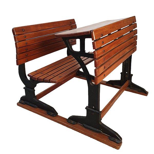 Cadeira Escolar Em Ferro e Madeira