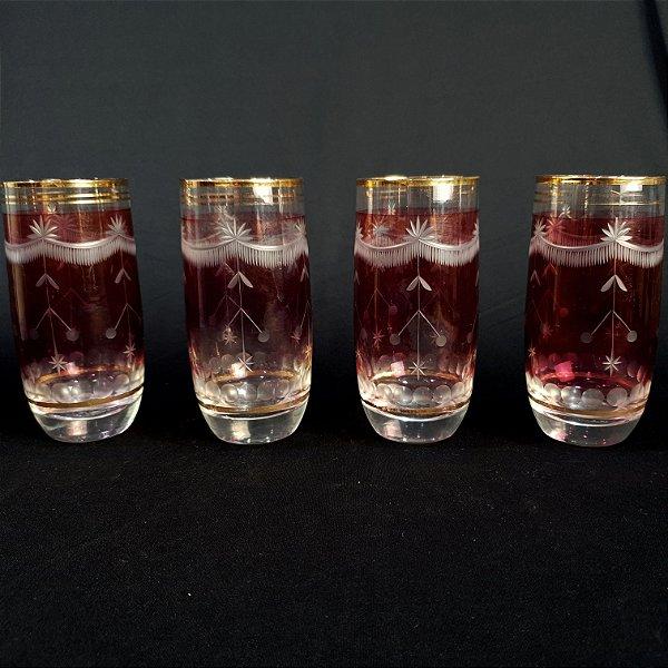 Jogo 04 Copos Em Cristal Rosa Filetado A Ouro