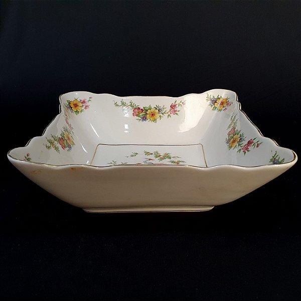 Bowl Em Porcelana Real Motivo Faisões Filetado A Ouro