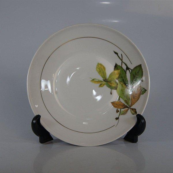 Prato em Porcelana Steatita Decorado em Folhas