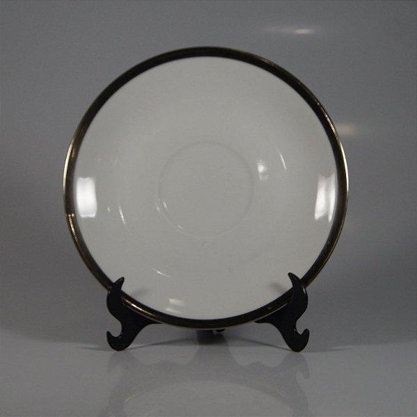 Pires em Porcelana Renner Filetado em Prata