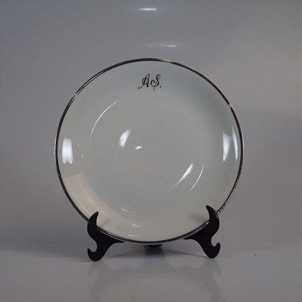 Prato de Sobremesa em Porcelana Renner Filetado em Prata