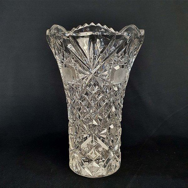 Vaso Em Cristal Tcheco Lapidado 20cm