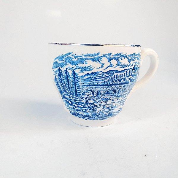 Xícara em Porcelana Drohaoser Estilo Inglesa