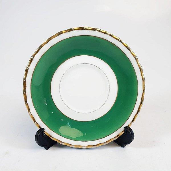 Pires em Porcelana Steatita Filetado a Ouro
