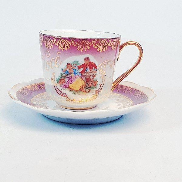 Xícara e Pires para Café em Porcelana Steatita Cataratas