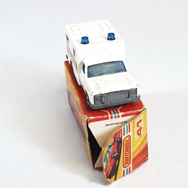 Matchbox Superfast Ambulance N 41 Caixa Extra