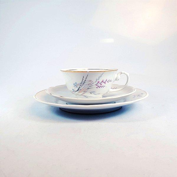 Xícara e Pires para Café em Porcelana Real Floral