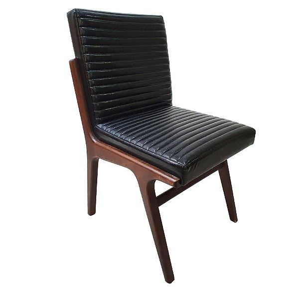 Conjunto com 4 Cadeiras Copenhagen Estofadas Couro