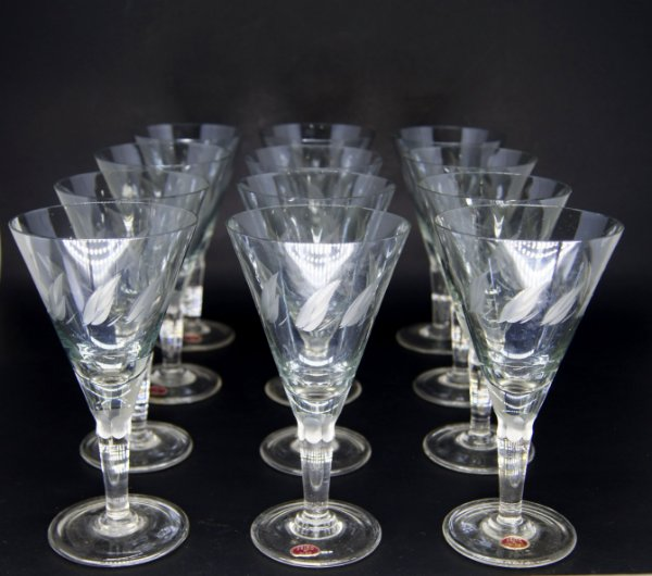 jogo 12 Taças Para Vinho Em Cristal Lapidado a Mão