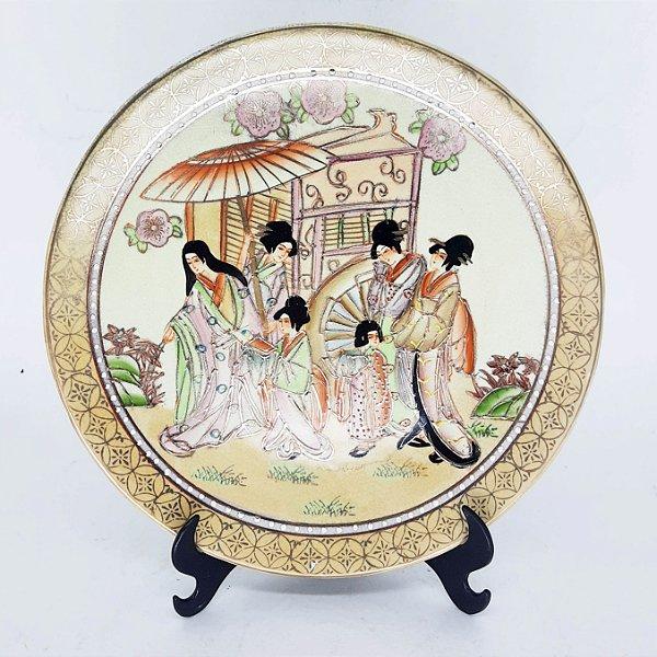 Prato Decorativo Oriental Pintado a Mão Filetado