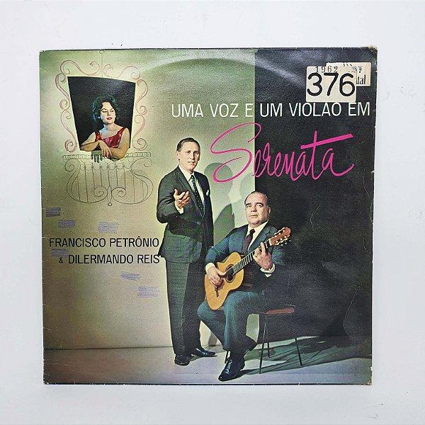 Disco de Vinil - Uma Voz e Um Violão em Serenata