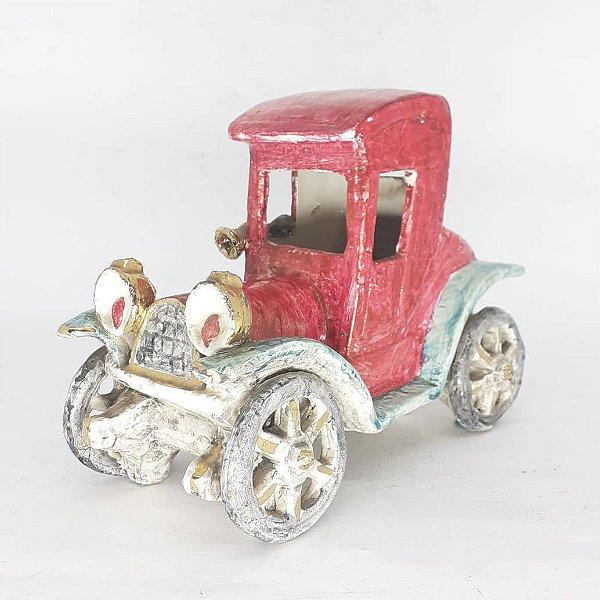 Miniatura Ford 1914 em Porcelana Filetada a Ouro