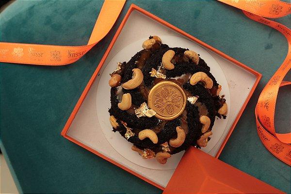 Mini Bolo de Chocolate com Castanha e Caramelo
