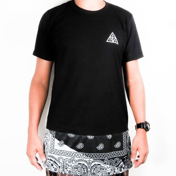 Camiseta Over Sized Outlawz tony & country-Preta