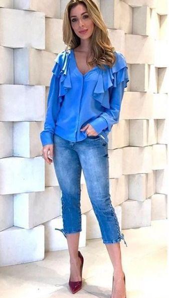 Camisa Feminina Jeanseria com babados no ombro Azul