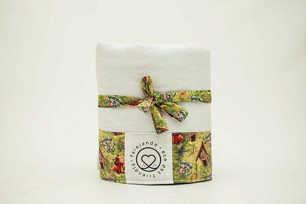 Tapete Higiênico Lavável - Quintal de Cachorro - Tecido Branco