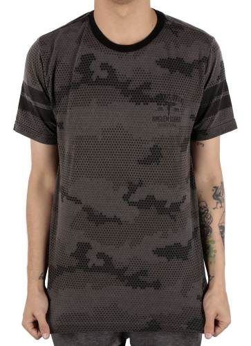 Camiseta Chronic Camuflada Ninguem Guenta
