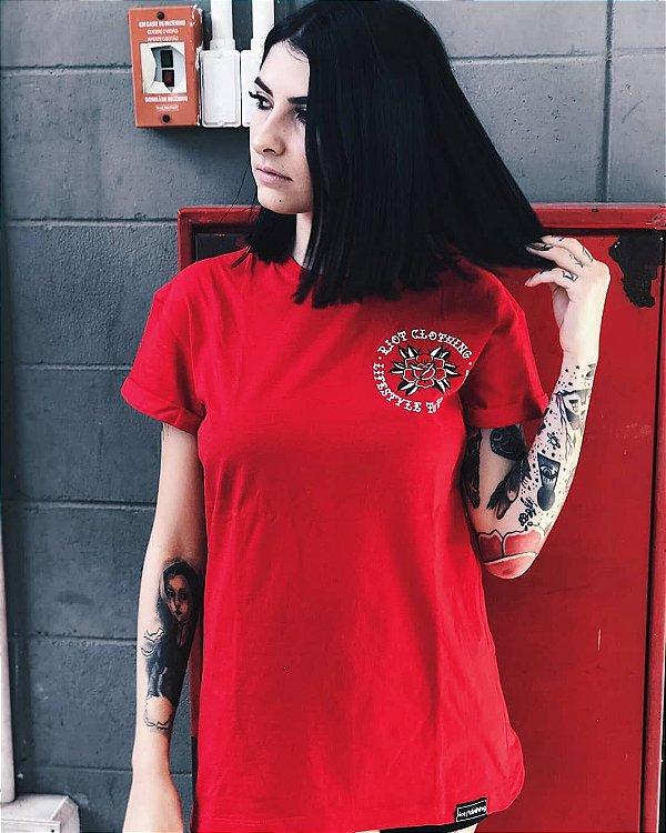 Camiseta Feminina Riot Lifestyle Vermelha