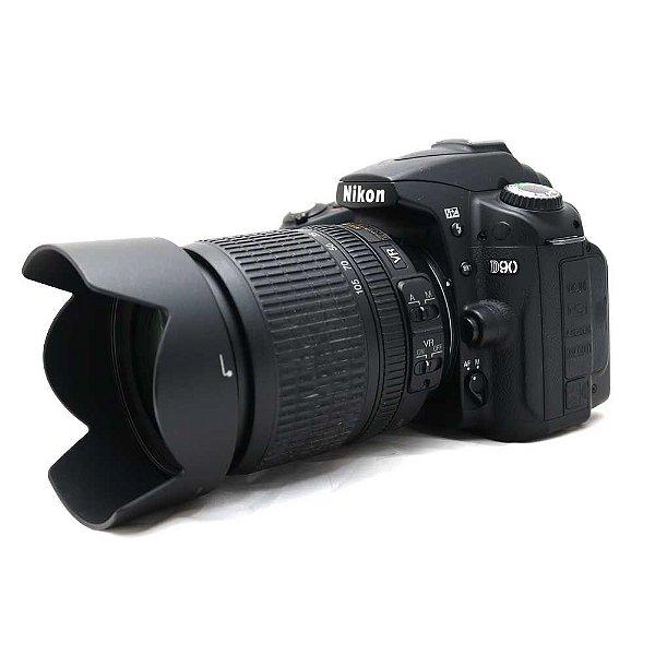 Câmera Nikon D90 com Lente 18-105mm DX VR com Parasol Usada