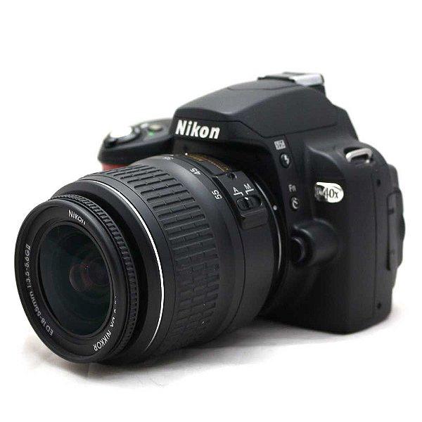 Câmera Nikon D40X com Lente 18-55mm Seminova