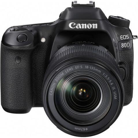 Câmera Canon EOS 80D Kit EF-S 18-135mm IS Nano USM