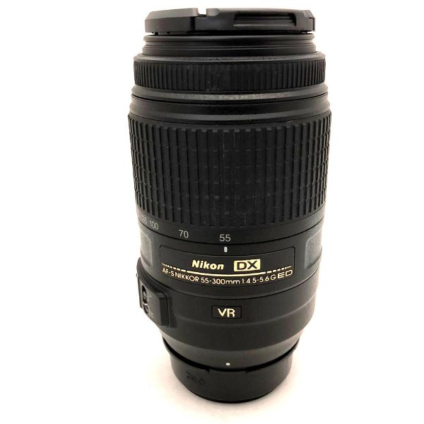 Lente Nikon AF-S DX Nikkor 55-300mm f/4.5-5.6G ED VR Usada