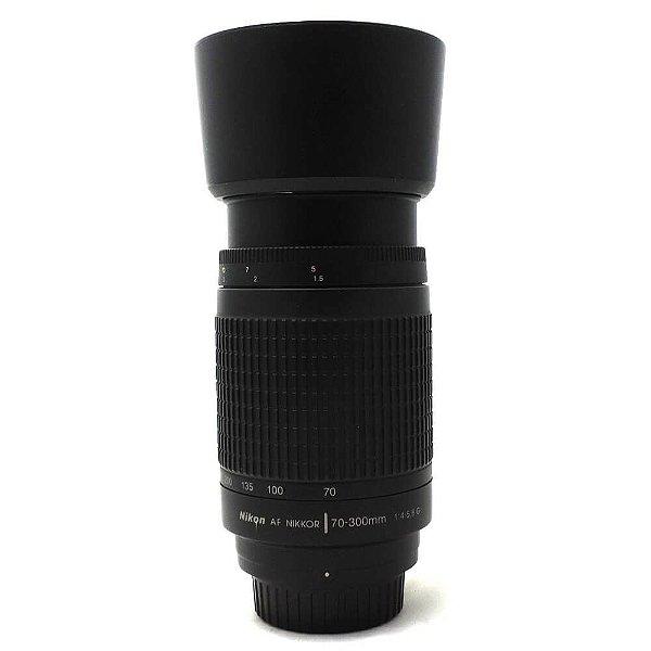 Lente Nikon Nikkor F 70-300mm f/4-5.6G AF Zoom e Parasol Seminova