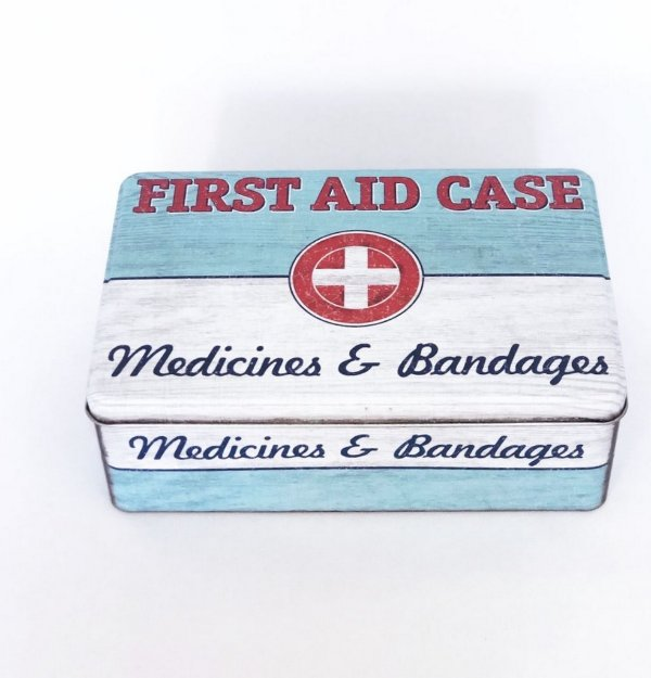 LATA PARA MEDICAMENTOS FIRST AID CASE