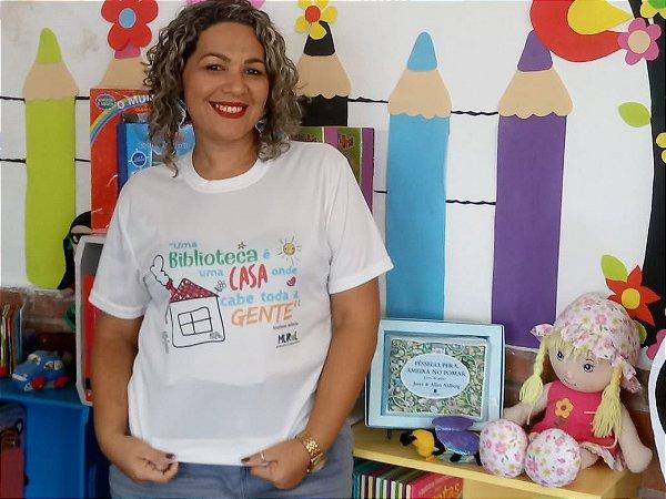 UMA BIBLIOTECA É UMA CASA ONDE CABE TODA A GENTE