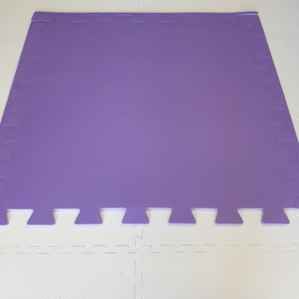 Tatame Violeta 1,04m X 1,06m X 10mm + 3 Bordas de Brinde