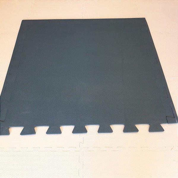 Tatame Cinza Escuro 1,04m X 1,06m X 15mm + 3 Bordas de Brinde