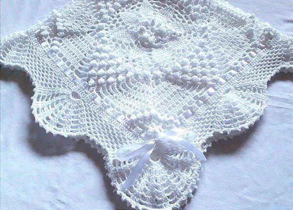 Manta Para Bebê em Crochê branco alvim