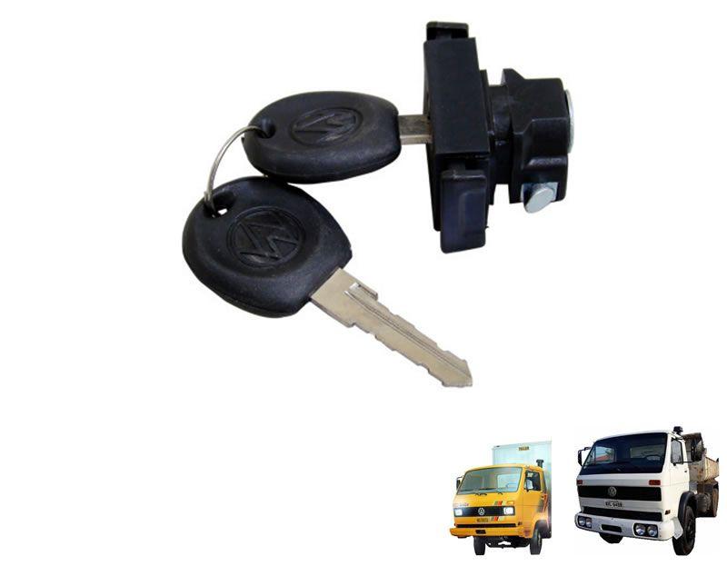 Fecho do Tampa Porta Luvas C/ Chave - Caminhão VW de 1986 à 1994 790s / 7110s 133857131B