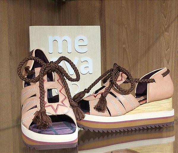 Sandália salto com amarração Creme - Farm