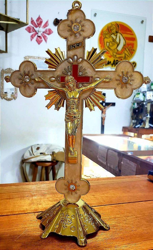 Crucifixo de Metal Resinado para Mesa/Parede de 30 Cm
