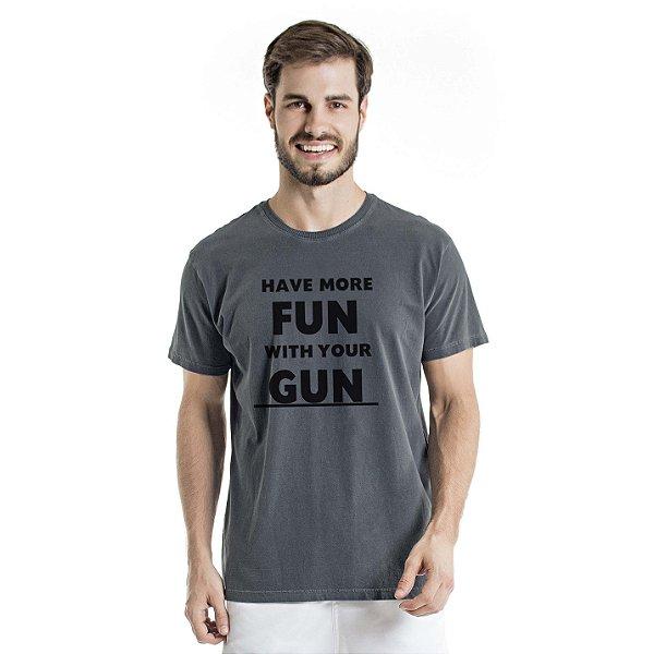 Camiseta Estonada Have More Fun Chumbo
