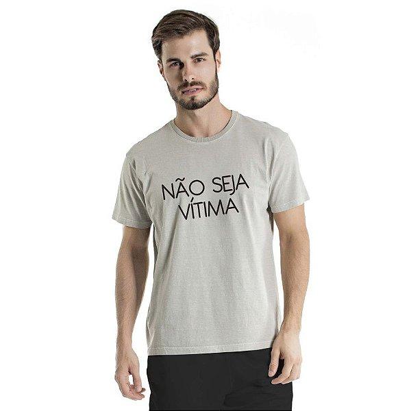 Camiseta Estonada Não Seja Vítima Cinza