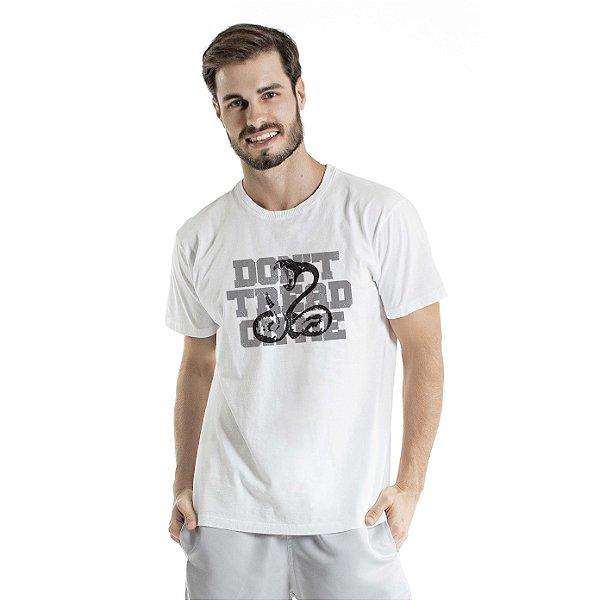Camiseta Estonada On Me Branca