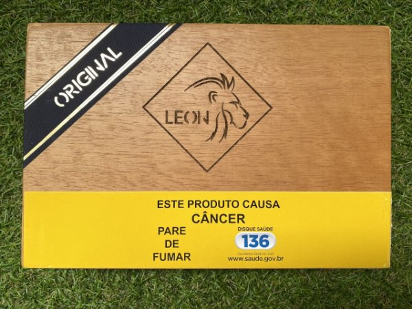 Charuto Nicaraguense Leon Robusto - Caixa com 10