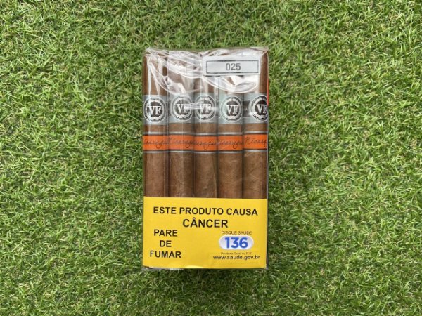 Charuto VegaFina Nicaragua Corona - Bundle Com 25
