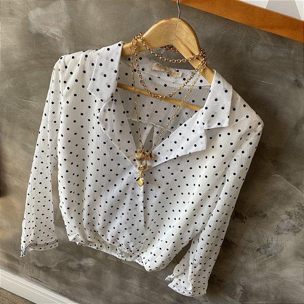 Camisa Transpassada Poá Branca