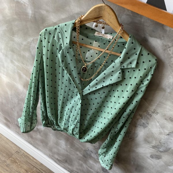 Camisa Transpassada Poá Verde