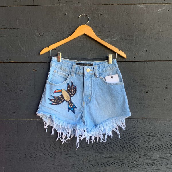 Short Jeans Bordado Tucano