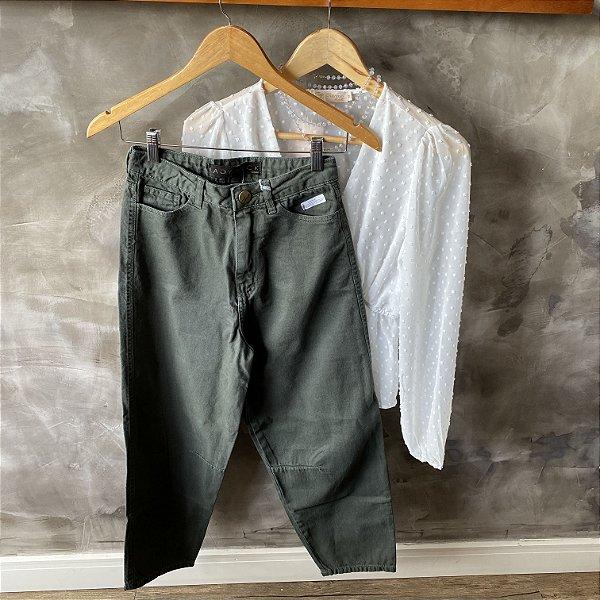 Calça Jeans Recortes Verde Militar