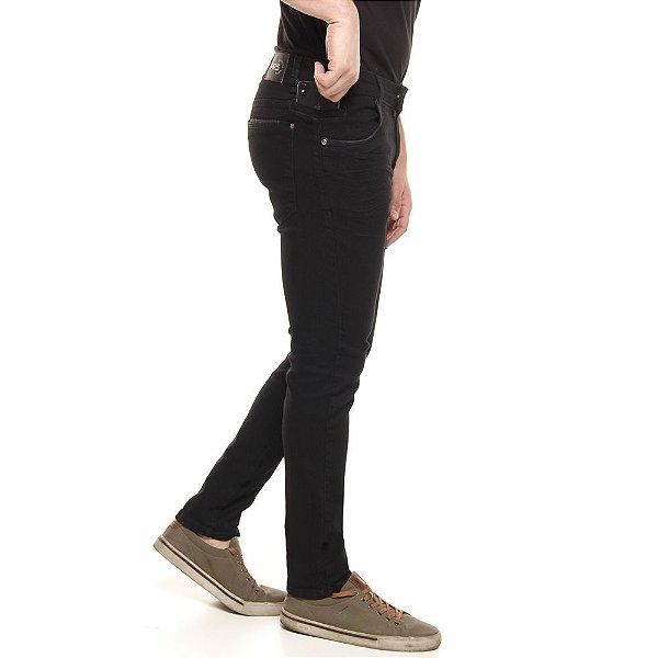 calça jeans prs skinny amaciada com puídos nos bolsos