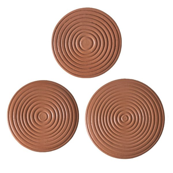 Conjunto de placas com círculos de cerâmica