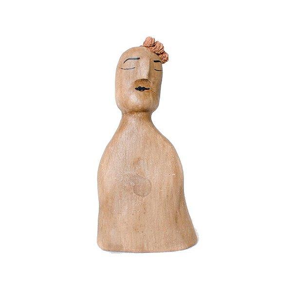 Escultura Lenys com topete em cerâmica