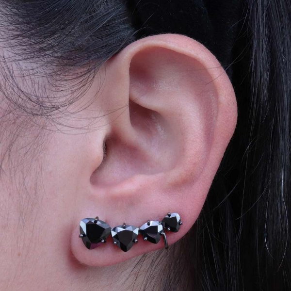 Ear Cuff triangular da moda em zircônia ônix